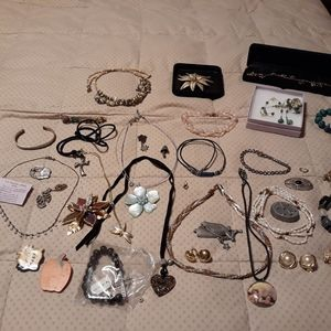 Lots of jewelry